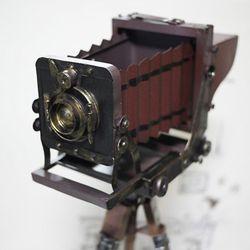 클래식 철재 카메라