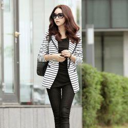 [AKA]style on stripe jacket
