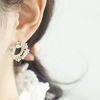 가드니아 귀걸이