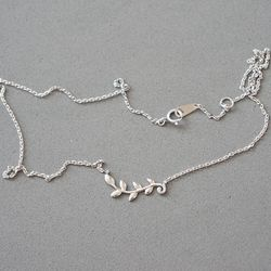 Silver Leaf Necklace 순은