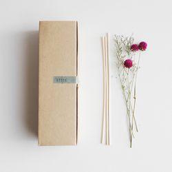 책상 위 꽃한다발 스틱(단품)