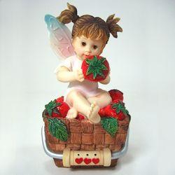 (Enesco 정품) Strawberry fairy
