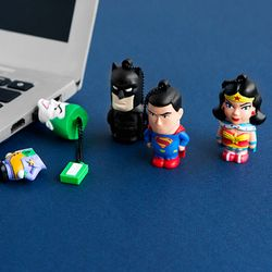 DC라인 캐릭터 USB 메모리 4종 세트(16G)