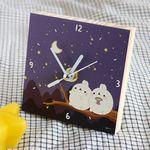 작은 나무시계 - 달빛
