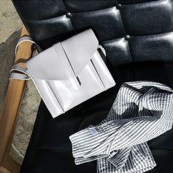 square belted bag