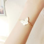 나비에 관한 은유 cream butterfly bracelet
