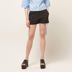 [MOHAN] SIDE SLIT SHORT PANTS BLACK