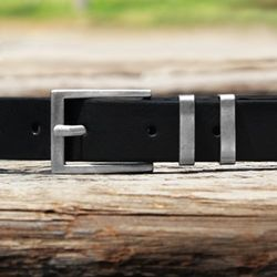 Metal Ring Italian Leather Belt (Black)