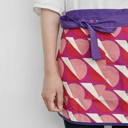 futurism mini apron