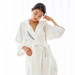 THE ROBE (WHITE - LARGE)