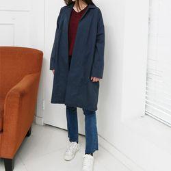 thin bagic trench coat