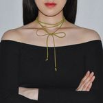 SUEDE RIBBON STRAP CHOKER-OLIVE