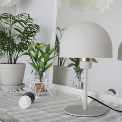 Modern Boy Sphere Table Lamp [그레이베이지]