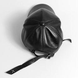 DEMONADE LONG STRAP CURVE LEATHER CAP (BLACK)