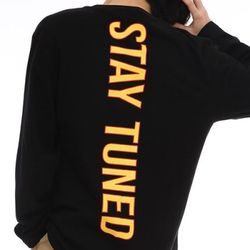 STAY TUNED LONG SLEEVE BLACK