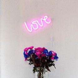 러브 네온 조명 핑크 love neon light-pink