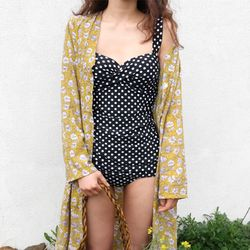 Charming dot swimsuit