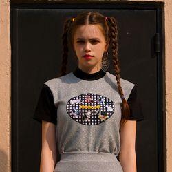 Burger Club T-Shirt-Silver