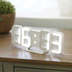 오리엔트 입체 화이트 디지털시계
