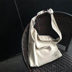 neat.A Kont Eco Bag . Ivory-니트에이 매듭에코백