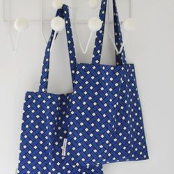 basket blue bookstore bag