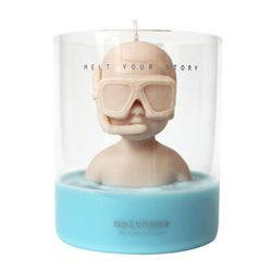figure soy candle-Mell in the pool 2