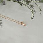 14k 사각뿔 도형 목걸이