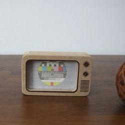 텔레비전 나무 액자 (중형)