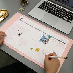 2018 DESK MAT SCHEDULER-M