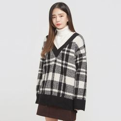 vintage fray check v-neck knit