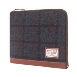 HARRIS TWEED SLEEVE BAG - MAHOGANY