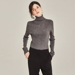 FINE TURTLENECK SWEATER (CHARCOAL)