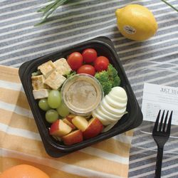 두부튀김과 삶은달걀 그린믹스 샐러드 (242kcal)