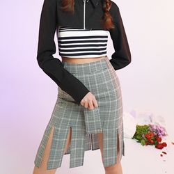 checked pattern slit skirt