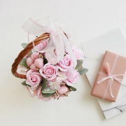 향기로운 핑크로즈목화 꽃바구니