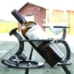 혼술을 즐기기 좋은 와인홀더 빈티지소품 와인잔걸이