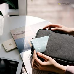바투카 밀퍼드 크로스백  여권가방 - Large