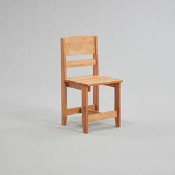 호디에 엘다 원목 의자