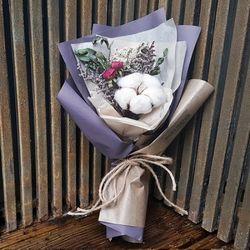 로랑 드라이플라워 도깨비목화 꽃다발 (퍼플몽실이)