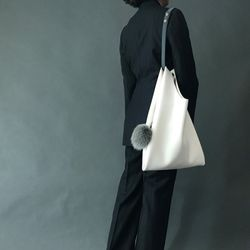[폭스퍼키링 증정] I AM YOUR BAG Medium 밀크화이트