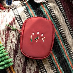 NAIL CLIPPER POUCH-winter red