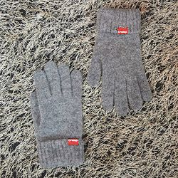 Crump logo touch glove (CA0010-1)