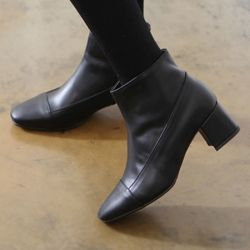[쿠루] 여성 5cm 베이직 미들굽 블랙 앵클부츠 G6240
