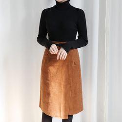 Corduroy belt skirt