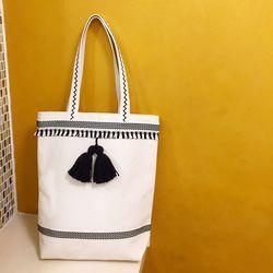 tassel big bag white