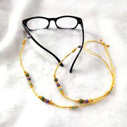 생쪽매듭으로 만든 전통매듭안경줄
