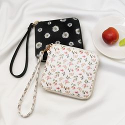 D.LAB Flower zipper wallet - Rose or Daisy