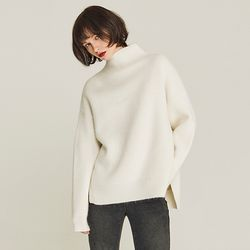 MOCK-NECK VENT ANGORA SWEATER (IVORY)