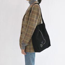흩날리는 shoulder bag black