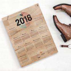 wooden gallery calendar - circle